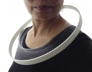Nora Fok, Spiral Curve 3D printed neckpiece white 2015