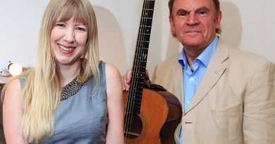 Folk Icon to Play Wirksworth Book Festival